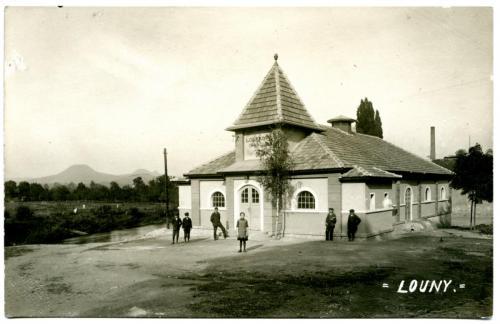 Loutkové divadlo před otevřením 1920
